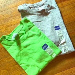 New Gildan Plain T shirts L